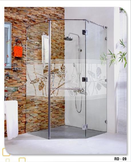 ưu nhược điểm phòng tắm kính cường lực