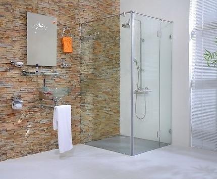 lắp đặt phòng tắm kính