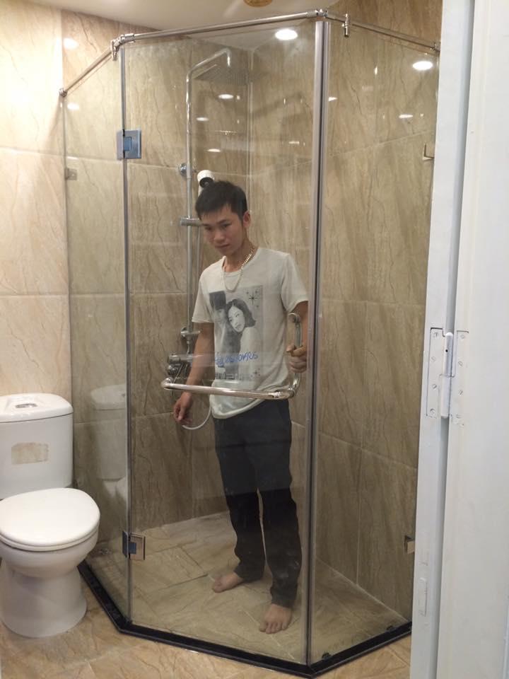Địa chỉ lắp đặt phòng tắm kính uy tín tại Hà Nội