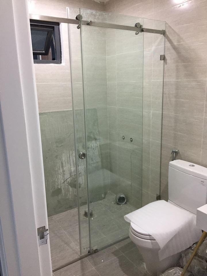 Lắp đặt cabin phòng tắm kính cường lực tại đống đa